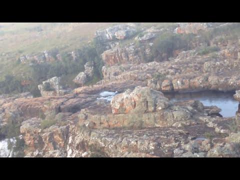 Tour South Africa, Mpumalanga, Kraskop, God's Window, Lisbon Falls: ReyTee