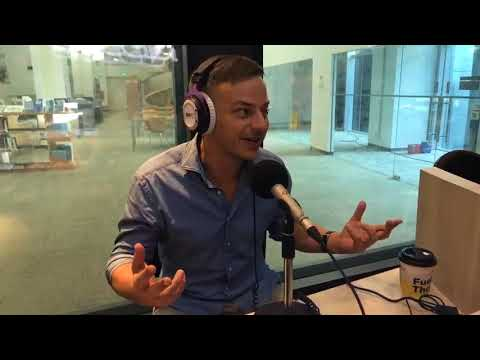 Tom Wlaschiha aka Faceless Man, Jaqen H'ghar in the epic Game of Thrones, is in the Kiss92 studio!