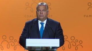 Mivel repült Orbán a meccsre? 19-09-06