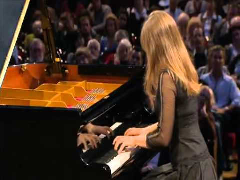 Anna Fedorova - Nocturne in B Major Op.9 No.3 - International Chopin Competition XVI (2010)