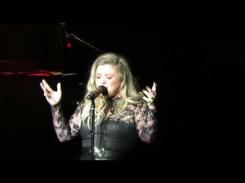 Kelly Clarkson- Behind These Hazel Eyes 9/14/17