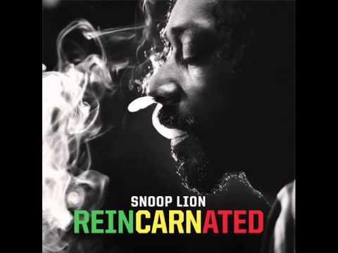 Snoop Lion - Reincarnated - 09. Tired of Running Ft. Akon