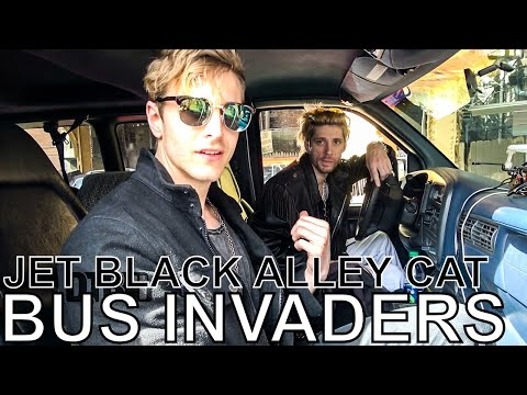Jet Black Alley Cat - BUS INVADERS Ep. 1319