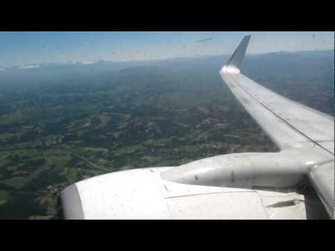Transavia B737-700 take-off from Aéroport de Biarritz-Anglet-Bayonne
