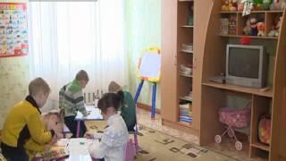 Дети из детских домов продали свои поделки и сделали себе подарки(Воспитанники Жолымбетского и Аккольского детских домов самостоятельно заработали 600 тысяч тенге на воплощ..., 2013-05-28T03:52:06.000Z)