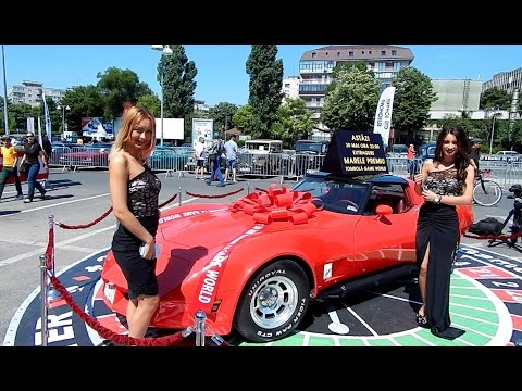 Retro American Muscle Cars 2015