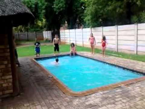 swem ini    pool