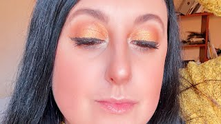 БЛЕСТЯЩИЙ осенний макияж Секреты стрелки для нависшего века и сочных губ