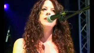 The Krista Detor Band - 'Early Grave', Live at the Shrewsbury Festival