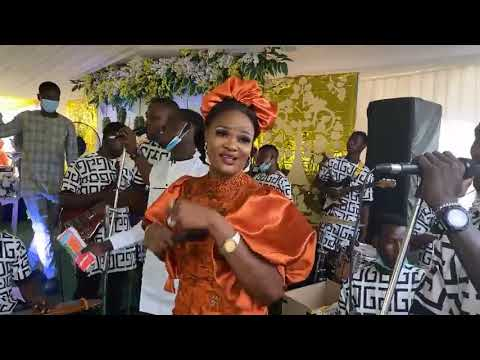 Download Tiwalola Shittu Entertains Guest With Repertoire Music At Wedding Party    H@t Gbedu