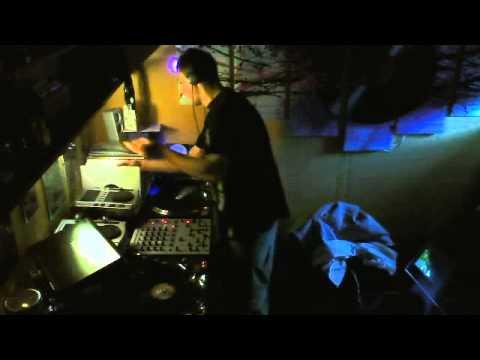 100% Vinyl Hands up Mix by WK DJ