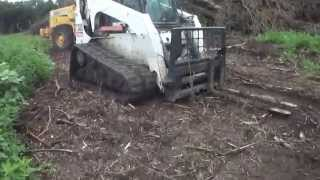 How to Operate a Bobcat Tracked/Skidsteer Loader