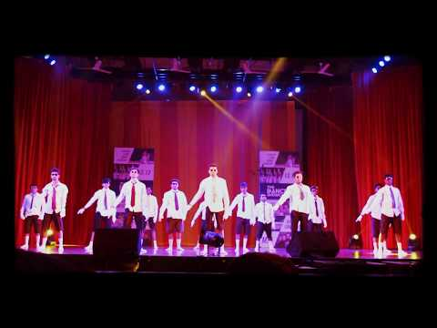funniest-group-dance-by-chavat-boys-official-at-mood-indigo-2015,-iit-bombay