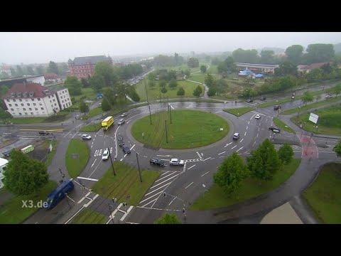 Realer Irrsinn: Der Oststadtkreisel in Karlsruhe | extra 3 | NDR