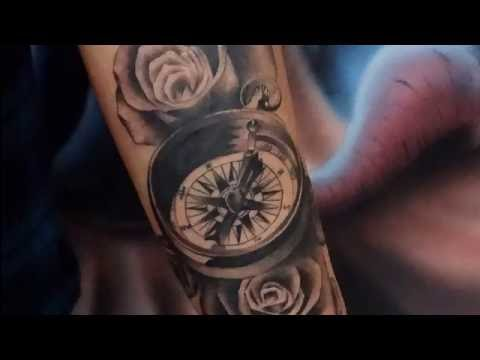Tiago Sartori - Black And Gray Tattoo - Bússola