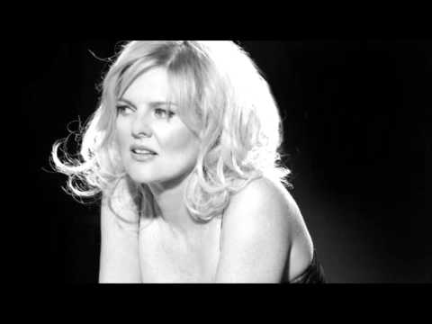 Carol Welsman - What A Fool Believes