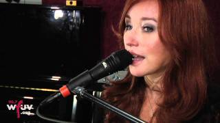"Tori Amos - ""Edge of the Moon"" (Live in Studio A)"