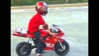 Лучшие приколы  Дети на мотоциклах.