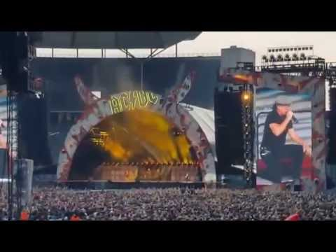 AC/DC - Rock or Bust-World Tour [June 25, 2015 - Olympia Stadium, Berlin, Germany]
