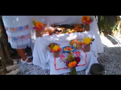 Celebrando Hanal Pixan Dia de Muertos en...