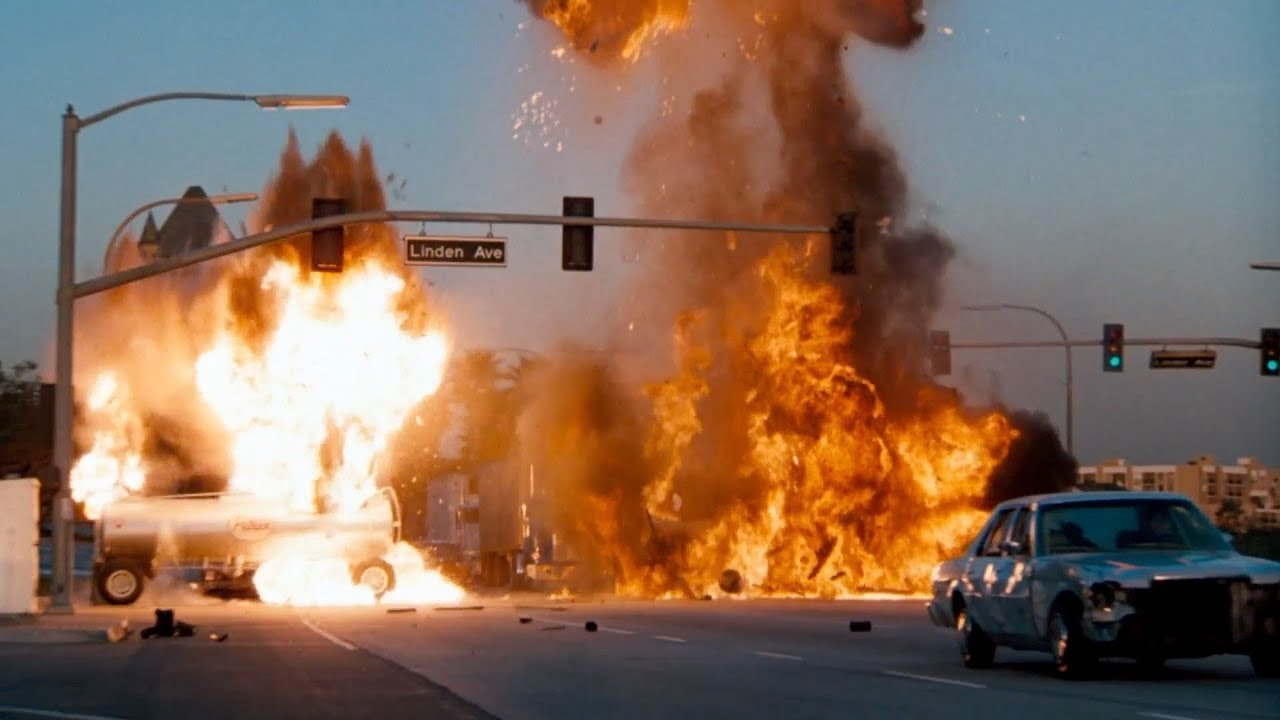 Download One of The Greatest Car Chase in Movie History