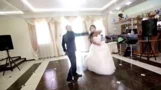 НЕБАНАЛЬНЫЙ свадебный танец (со 2й минуты Action!) ( свадебный танец жениха и невесты )