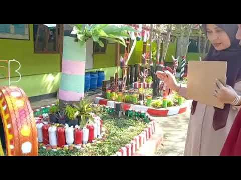 Taman Sekolah Dari Barang Bekas - YouTube