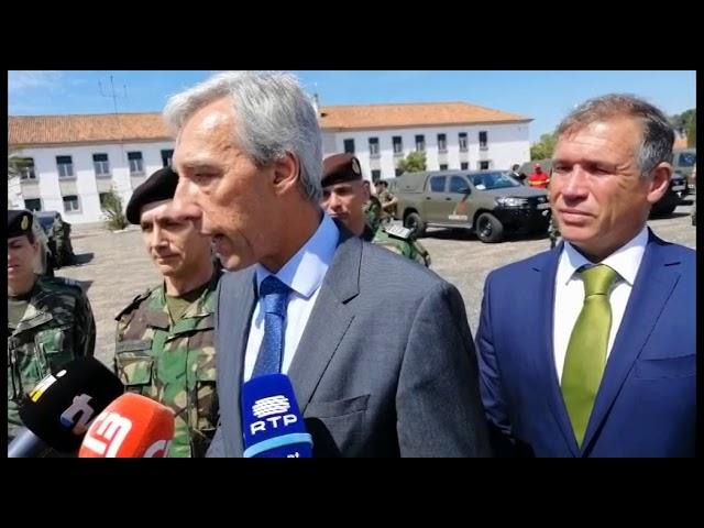 Ministro da Defesa visita Abrantes e entrega 23 viaturas ao Exército