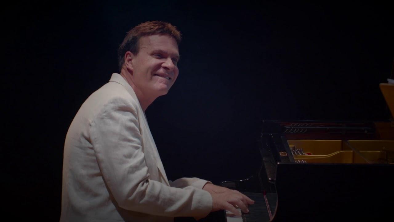 Ricardo Leão convida Nivaldo Ornelas, Bororó e Orquestra Sinfônica de Goiânia.