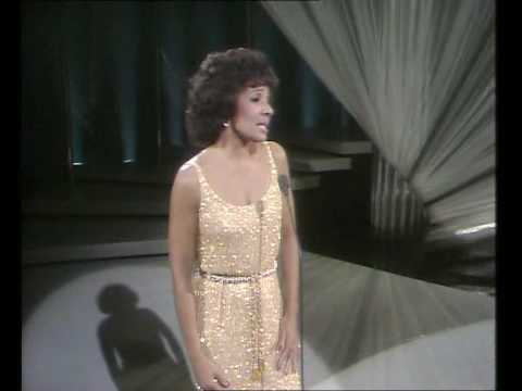 Shirley Bassey - Solitaire