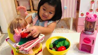 好き嫌いはダメ!野菜だけ残すメルちゃん 食べるとガチャガチャができる!?おせわごっこ Mell-chan Capsule Toy