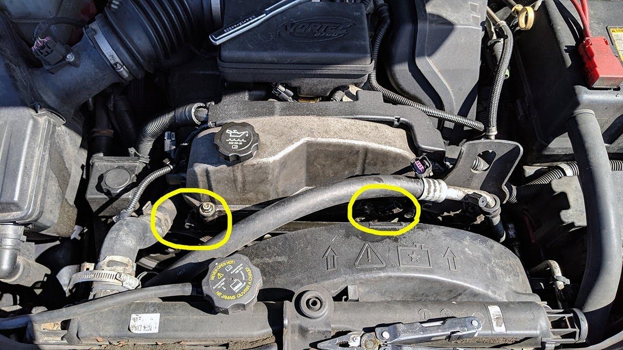 2007 Chevy Colorado - Camshaft position sensor location