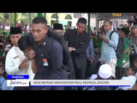 Aksi Berani Mahasiswa Riau Saat Jokowi Berpidato