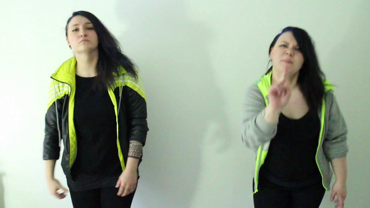 sanni-etta-mitahan-vittua-viitottu-signgirls