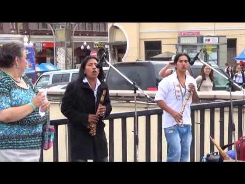 Видео поющие бомжи на улице