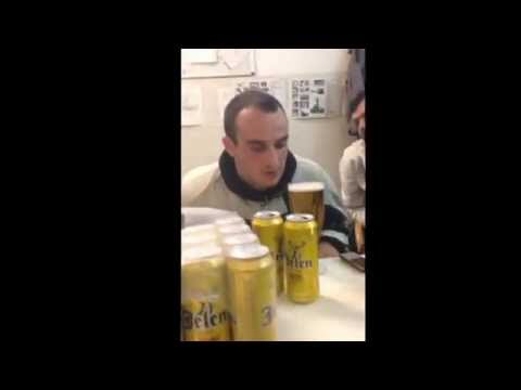 Pivo 0,5 za 2 sekunde . Jovan Popovic Sremcica! Ajde sad pivopije da vas vidimo!
