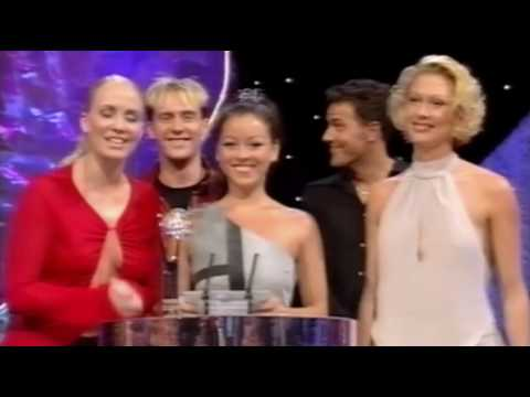 British Soap Awards 2001 - sexiest male & female, presented by Steps & Tamzin breaks award!