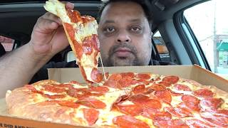 Eating Pizza | ExtraMostBestest Stuffed Crust