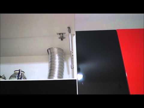 Кухонный гарнитур для узкой и длинной кухни.