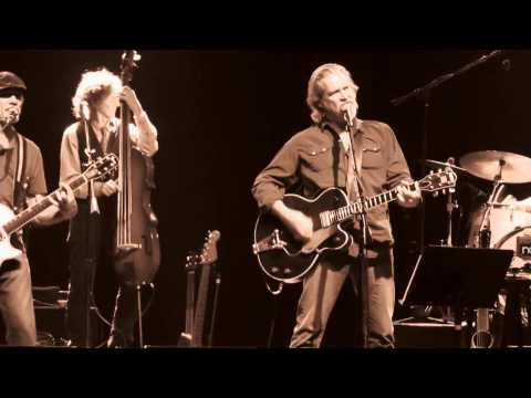"""Jeff Bridges & the Abiders singing """"What a Little Bit of Love Can Do"""""""