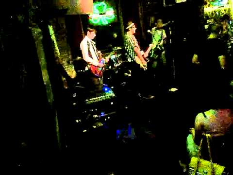 The Knots (Live at the Old Town Pub Pasadena on 6/09/12)