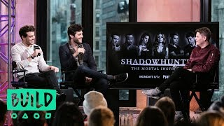 "Matthew Daddario And Alberto Rosende Discuss ""Shadowhunters"""