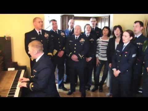 Cutter Munro sings Semper Paratus