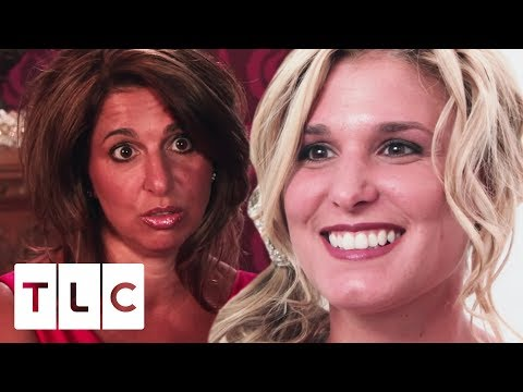 All Of Buddy's Sisters Help Lisa Valastro Find A Wedding Dress! | Say Yes To The Dress US