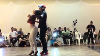 Видео: Kamacho e Luciana Lua dançando improviso de Zouk Conad 2014