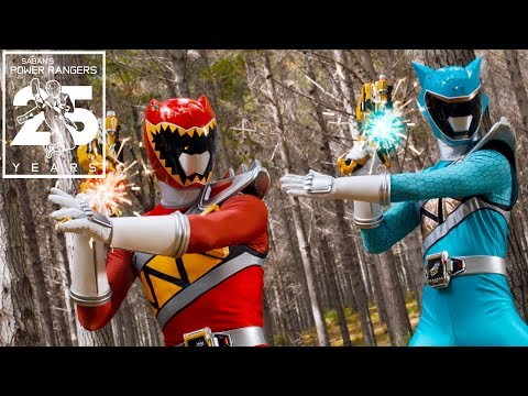 Dino Charge Rangers Working Together! | Power Rangers