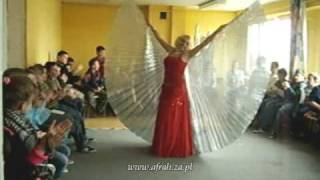 AFRAH belly dance -pokaz TAŃCA ORIENTALNEGO 27.02.09- Isis Wings