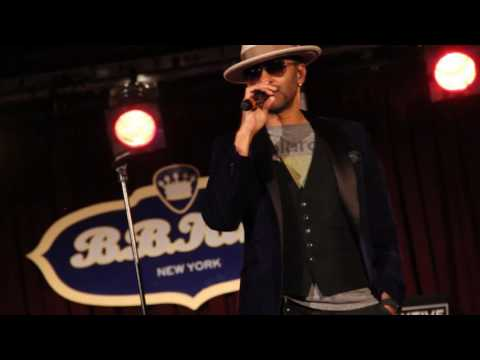 Eric Benét On Obama, Tamia and Chocolate Legs