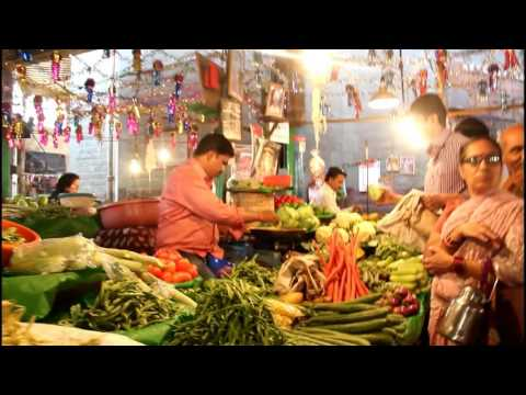 MUST WATCH IT. MARKET PHOTOGRAPHY by j.prashant's clicks... (Mahatma Phule Mandai, PUNE)