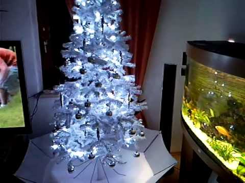 weihnachtsbaum mit schneefall youtube. Black Bedroom Furniture Sets. Home Design Ideas